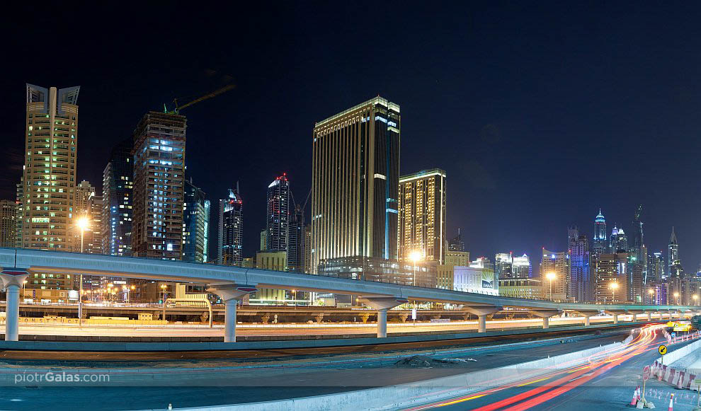 Lake Towers Metro Station - Dubaj - panorama